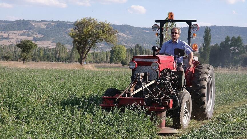 'İsviçre çakısı' gibi traktör