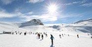 Hakkari'de 5 bin 100 öğrenci kayak eğitimi alıyor